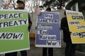 Almost eight in 10 South Koreans support the signing of a peace agreement with the North, according to an opinion poll carried out last year. Photo: AP