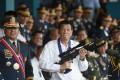Former police chief Ronald Bato Dela Rosa with President Rodrigo Duterte. Photo: Reuters