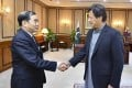 Chinese deputy foreign minister Kong Xuanyou meets Pakistani Prime Minister Imran Khan during a visit to Pakistan to discuss tensions with India over Kashmir. Photo: Fmprc.gov.cn