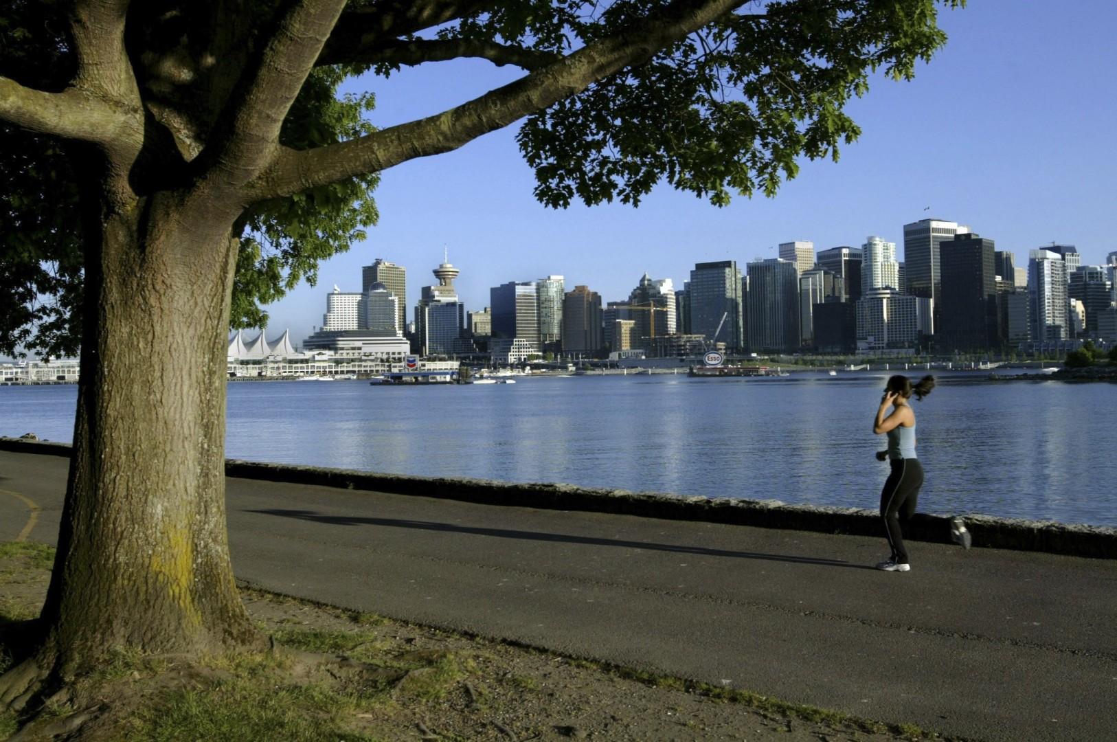 b48b833eb8292 Hong Kong man who brought Filipino maid to Canada jailed for 18 months    South China Morning Post