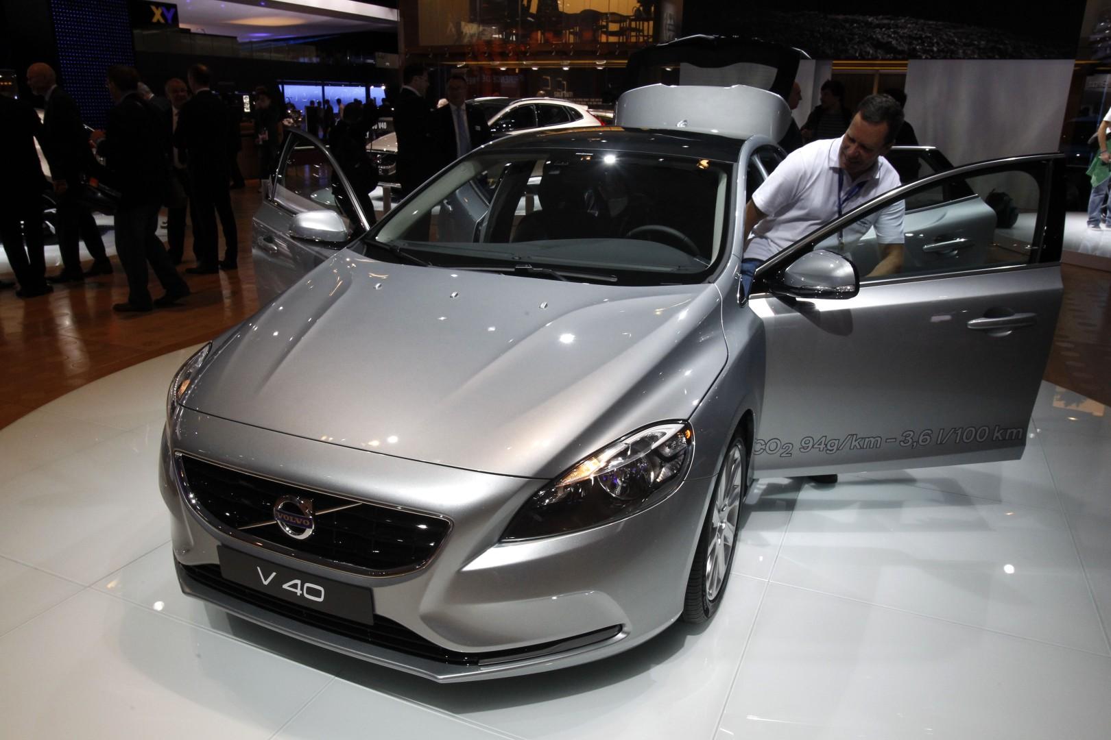 Spiksplinternieuw Volvo returns to 'safety first' marketing strategy | South China MP-68