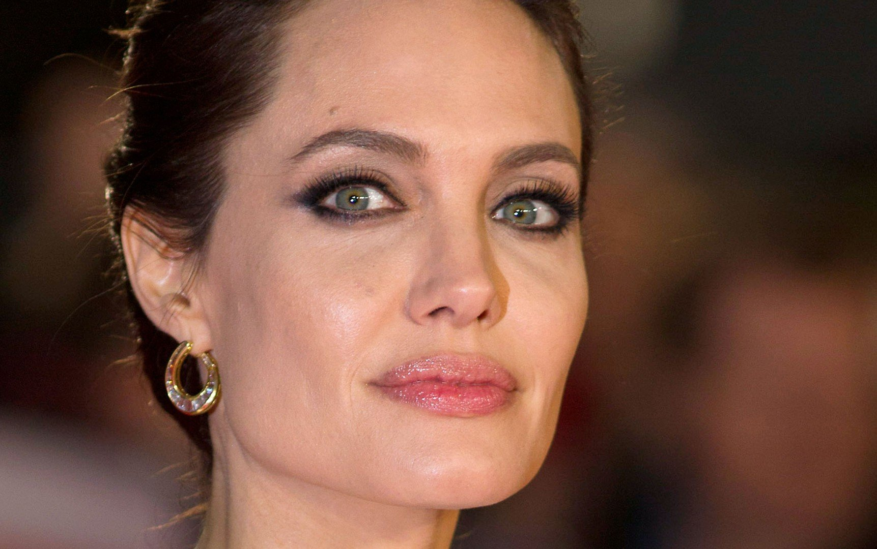 a79c63dd96ad Angelina Jolie s fine work as a role model