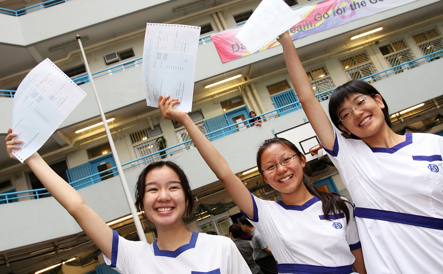843df1d9e37 'Without a place to sleep, how can you dream?' Miss Hong Kong Louisa Mak  says young people need affordable housing | South China Morning Post