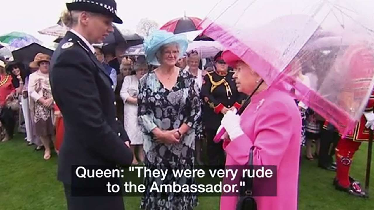 d9445b1a9ff95 Queen tells of  very rude  Chinese officials during Xi Jinping s UK visit  in new diplomatic gaffe.