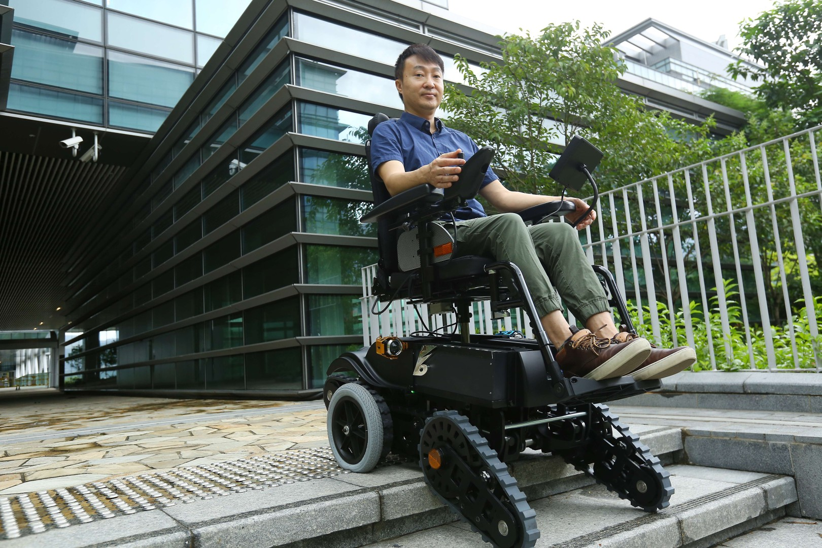 Inventor's stair-climbing wheelchair set to conquer obstacles for