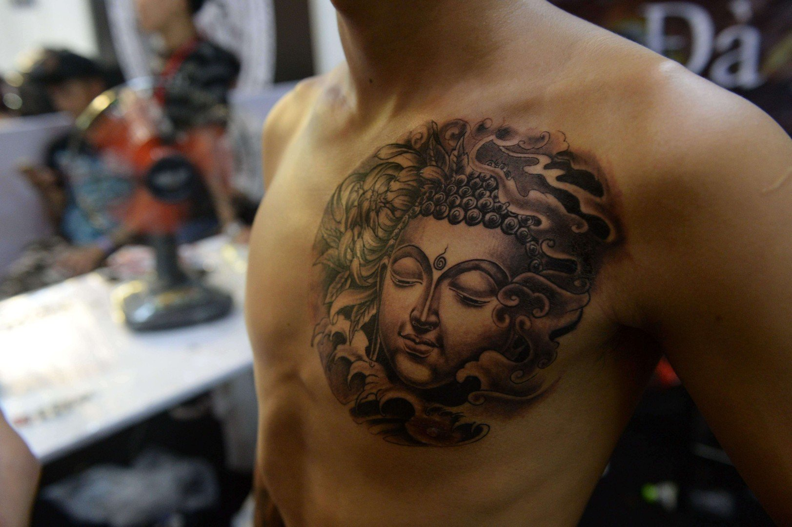 Advice to tourists: don't show your Buddha tattoo in Myanmar | South