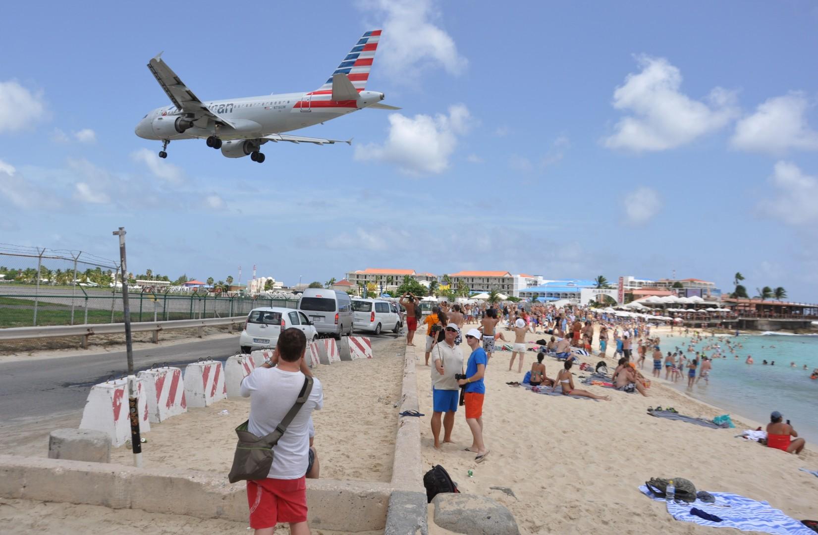 fa9750a440b4 Thrill-seeking tourist killed by jet-engine blast at Caribbean beach  airport   South China Morning Post