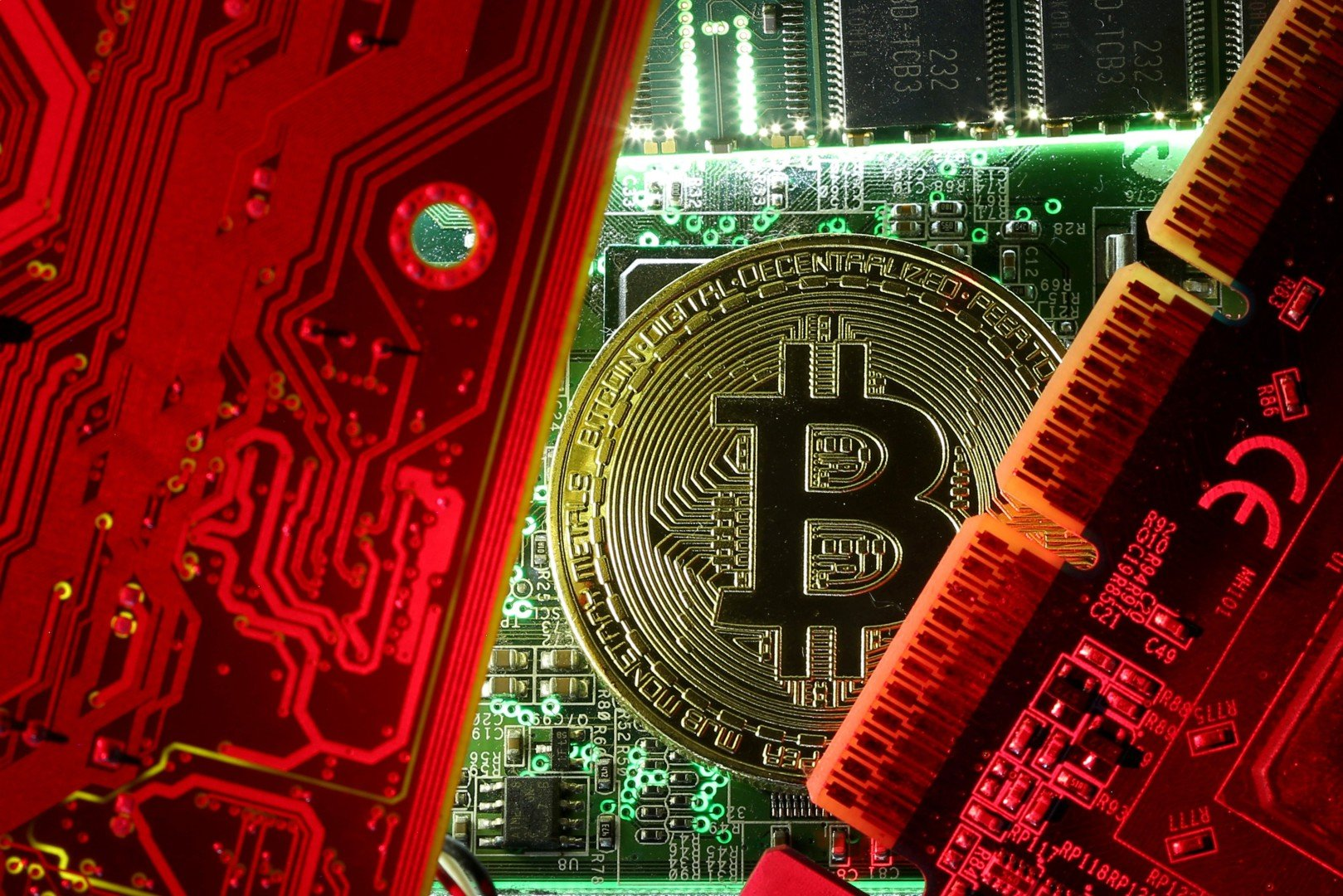 Criminal underworld is dropping bitcoin for other