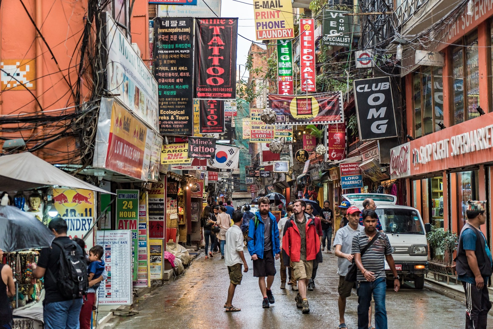 Chinese tourists are flooding into Nepal, and the floodgates