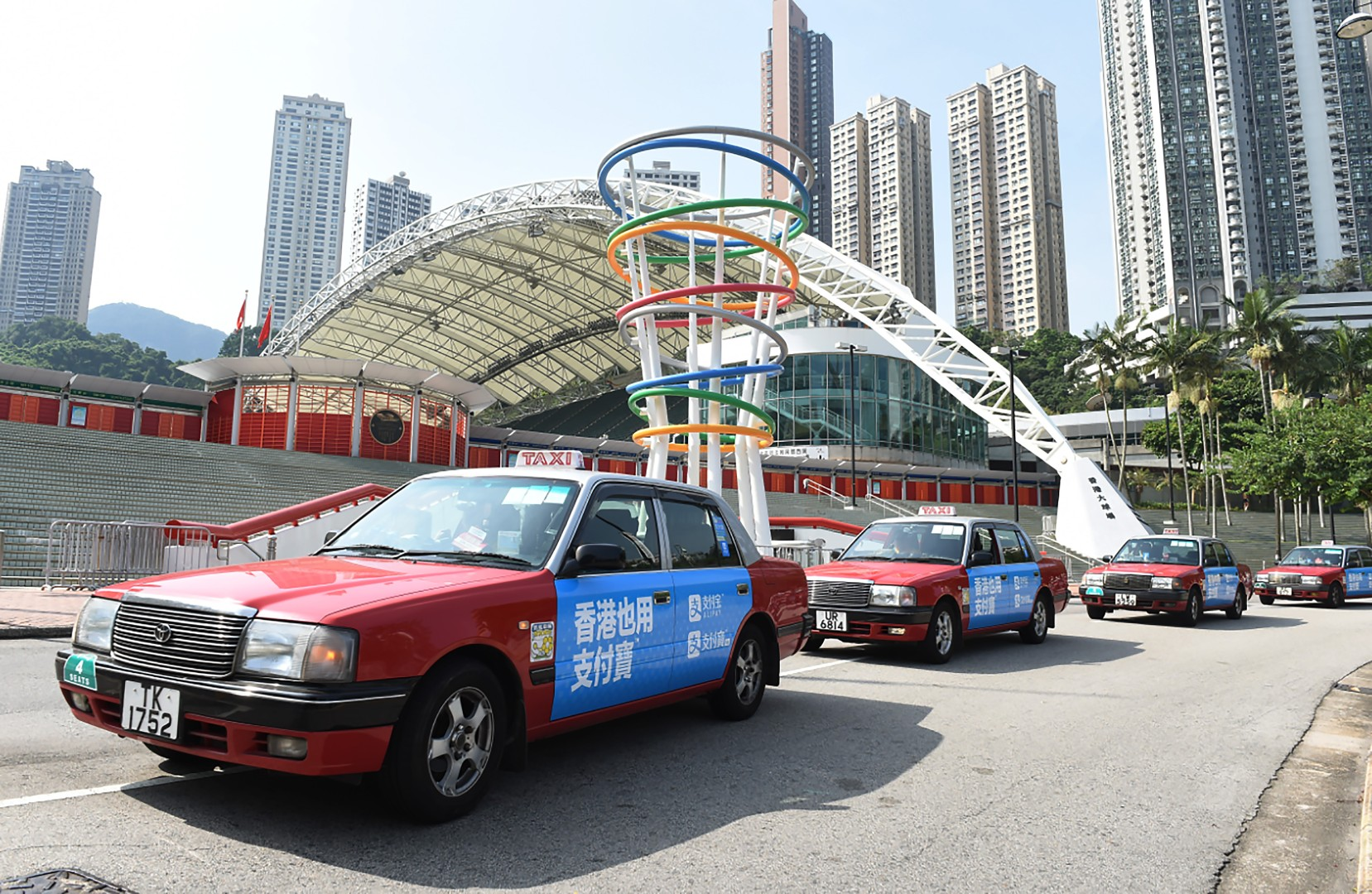 Octopus to try again to get Hong Kong's 40,000 taxi drivers on board