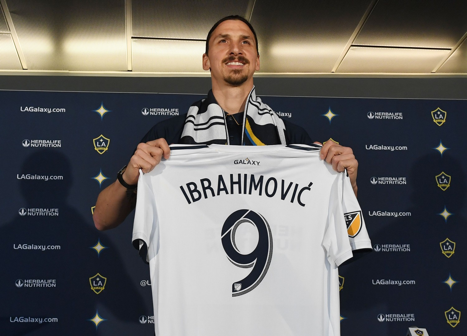 b82acdb8a  The lion is hungry   Zlatan Ibrahimovic announces LA Galaxy arrival in  trademark style