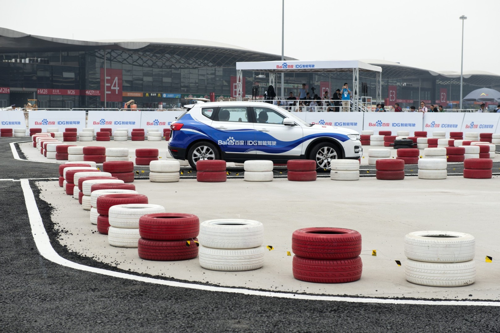 China's self-driving vehicles on track to take global