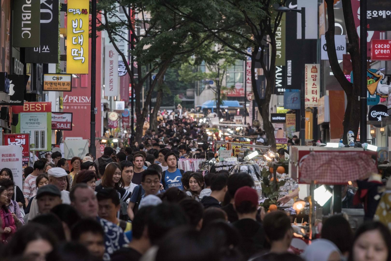 Big-spending Chinese tourists start returning to South Korea
