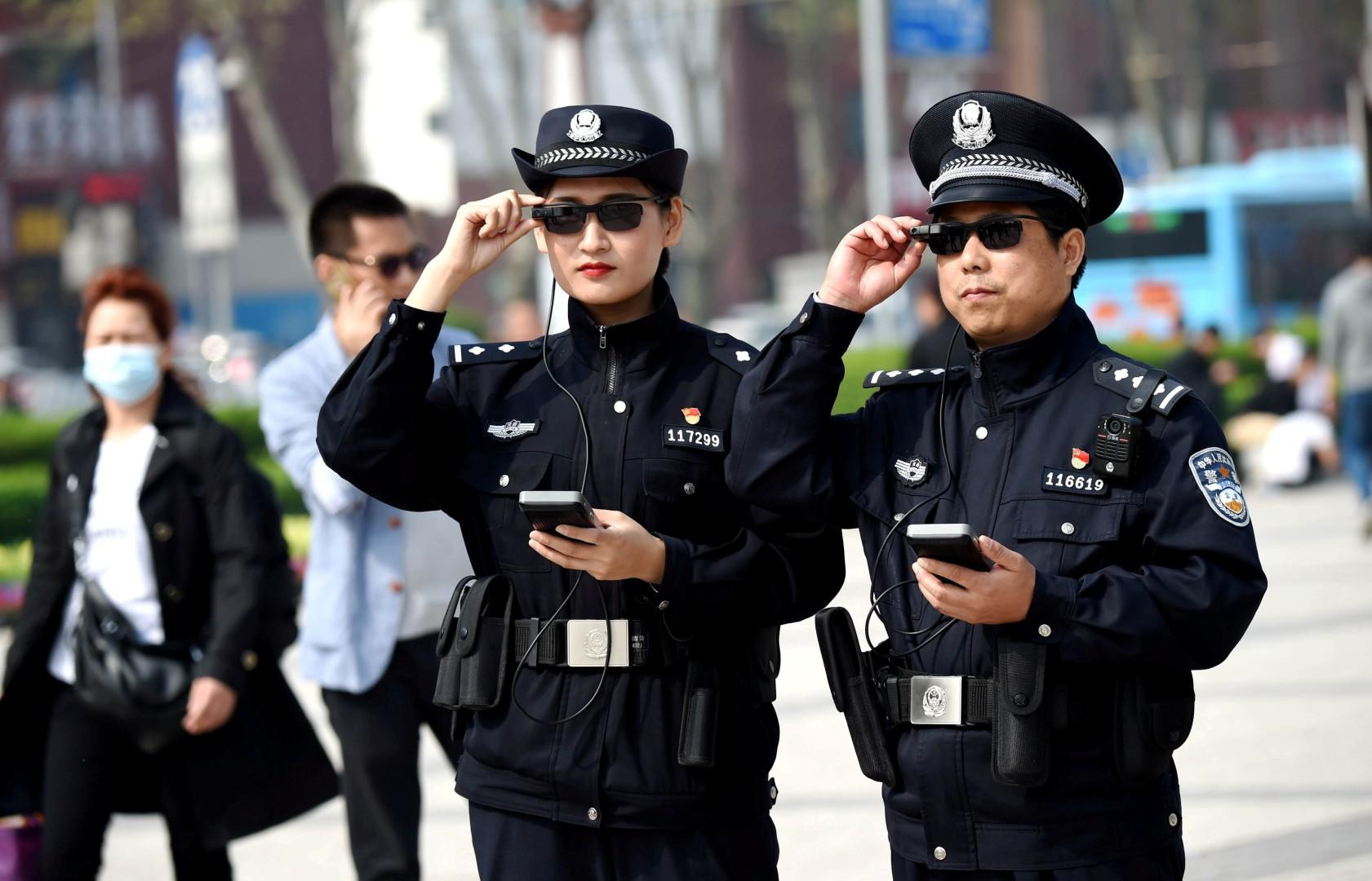 Téléphones portables sur écoute : tous fichés ?