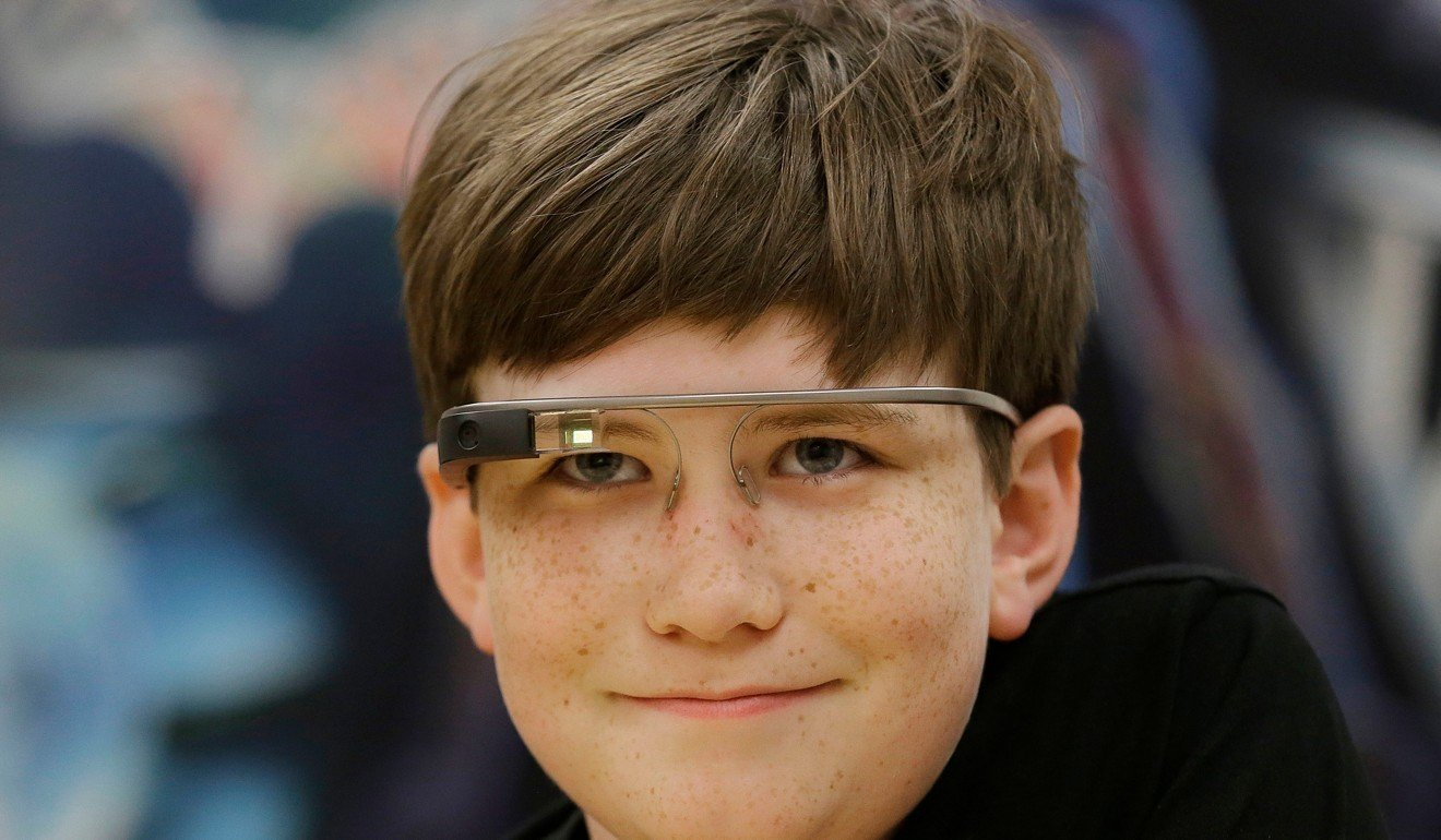 66c6607934e3 How Google Glass can improve autistic children s social skills by reading  facial expressions