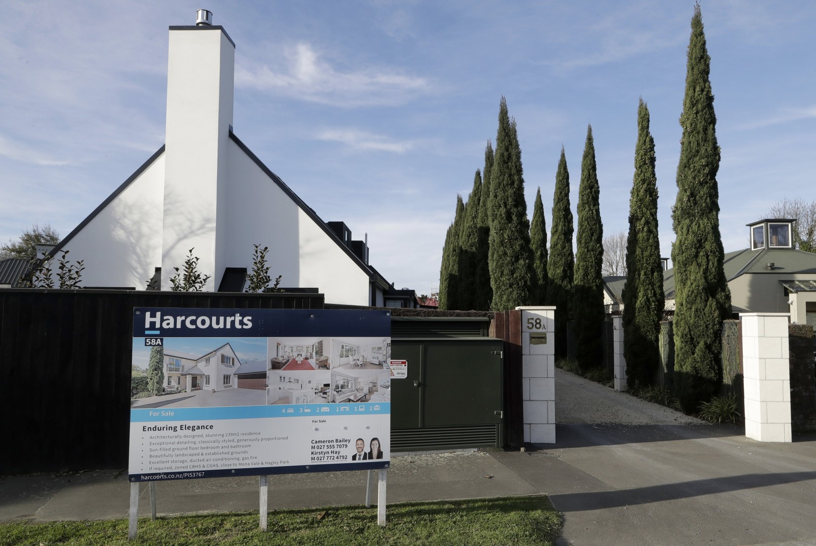 New Zealand bars foreigners buying homes: Chinese blocked but
