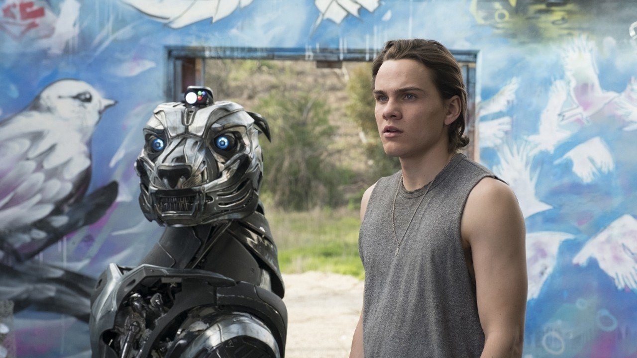 Axl Movie 2018 a. x. l. film review: robotic military dog in sci-fi