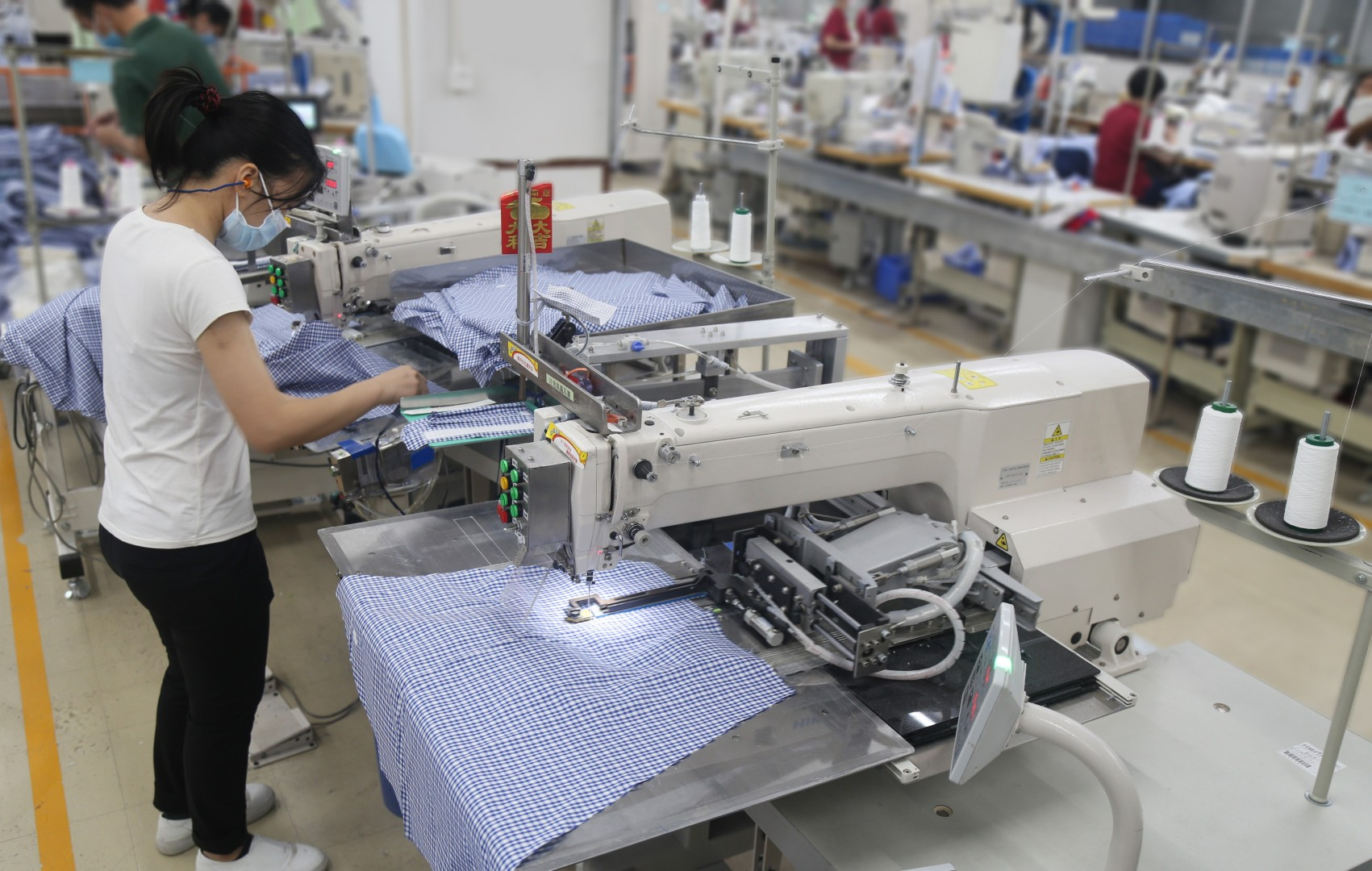 Hong Kong shirtmaker Esquel turns to robots to beat tariffs   South