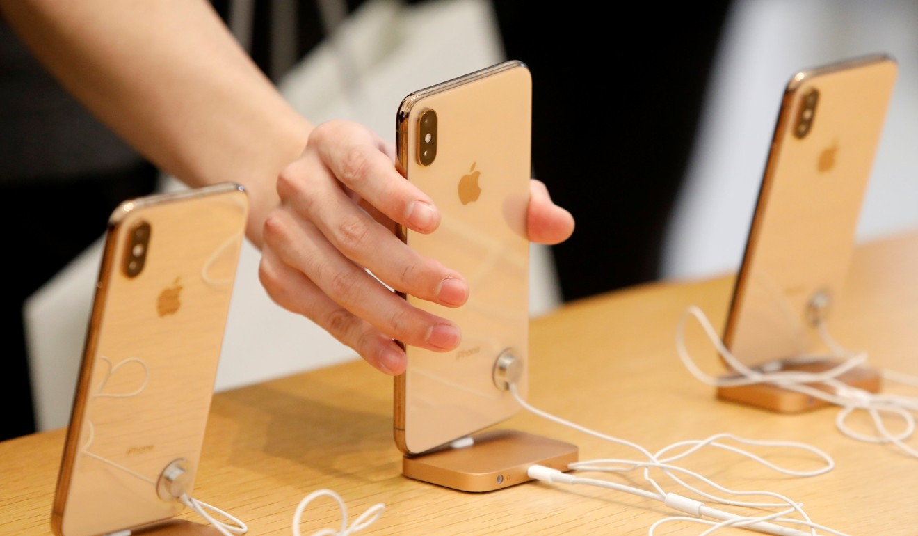 Apple resorts to promo deals, trade-ins to boost iPhone sales
