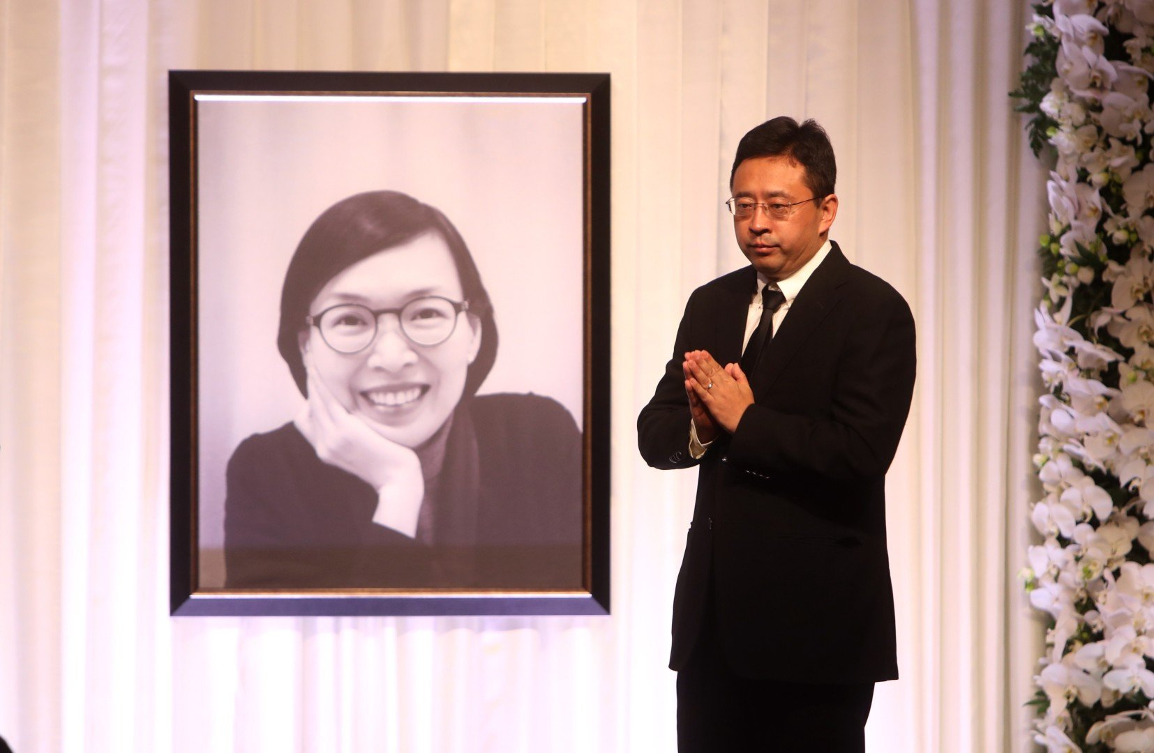 Former hong kong undersecretary for home affairs florence hui remembered as a good daughter mother wife worker and devoted public servant at memorial
