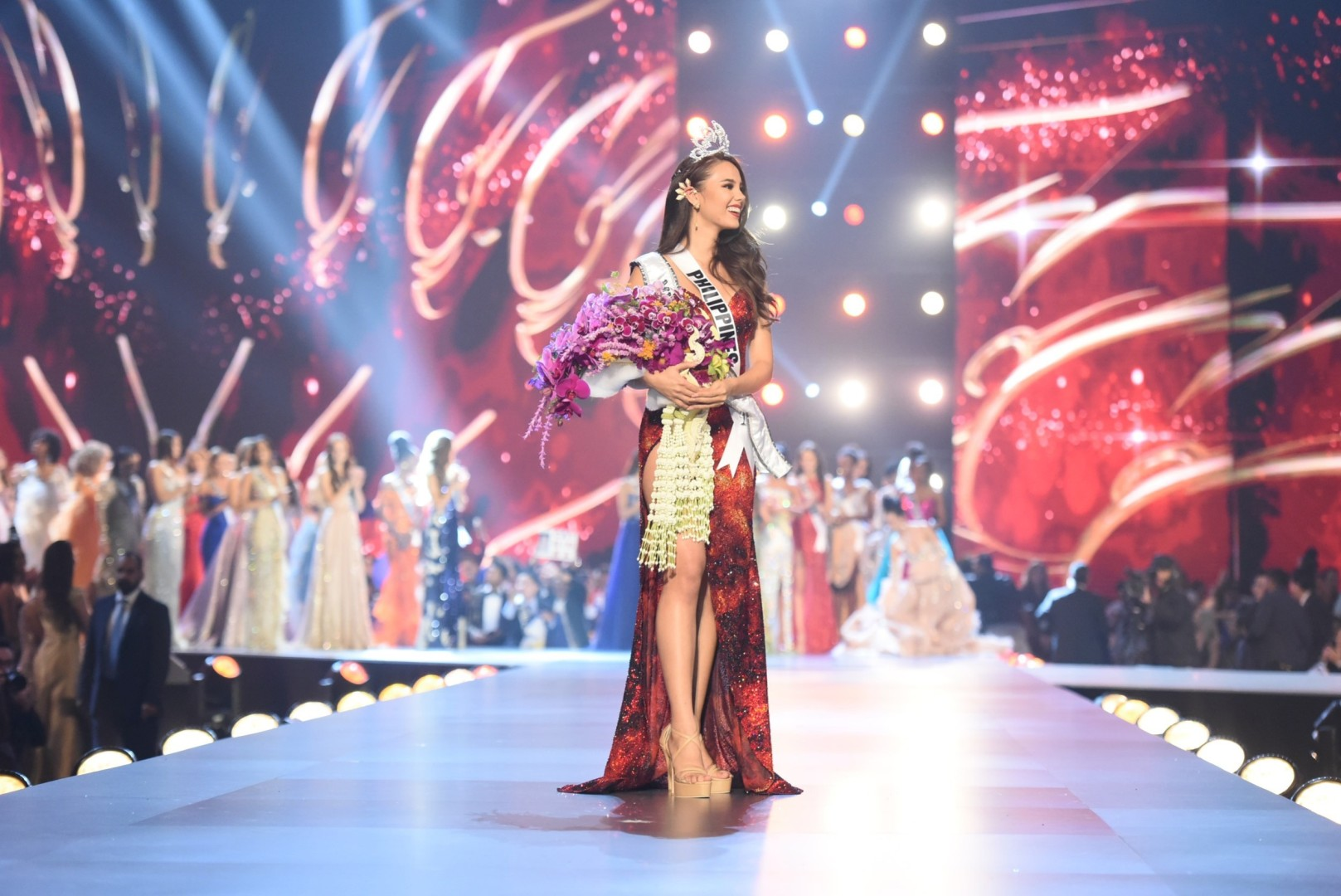5 reasons why Miss Philippines Catriona Gray deserves her