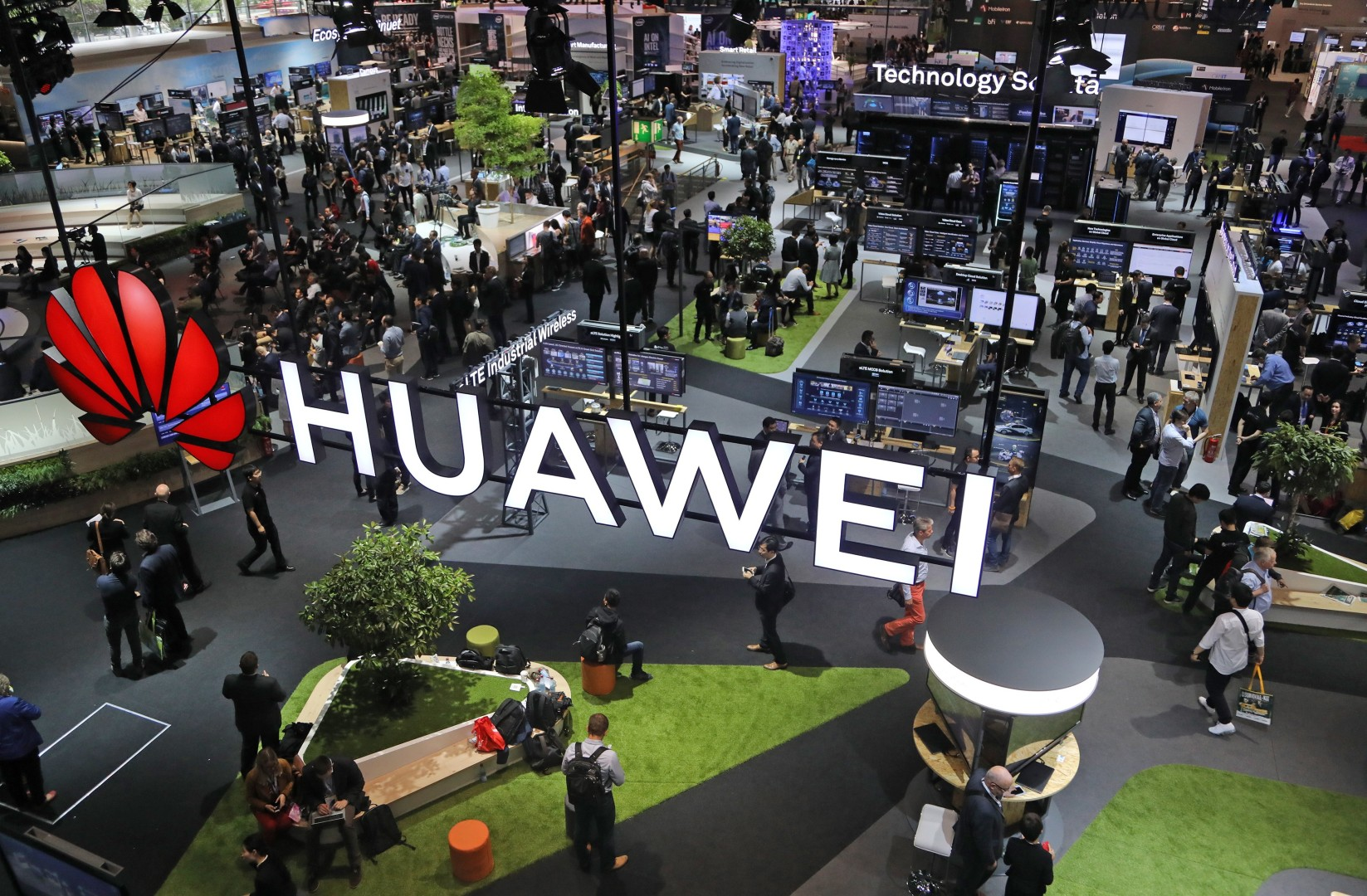 Huawei founder stresses trustworthiness as top priority in letter to