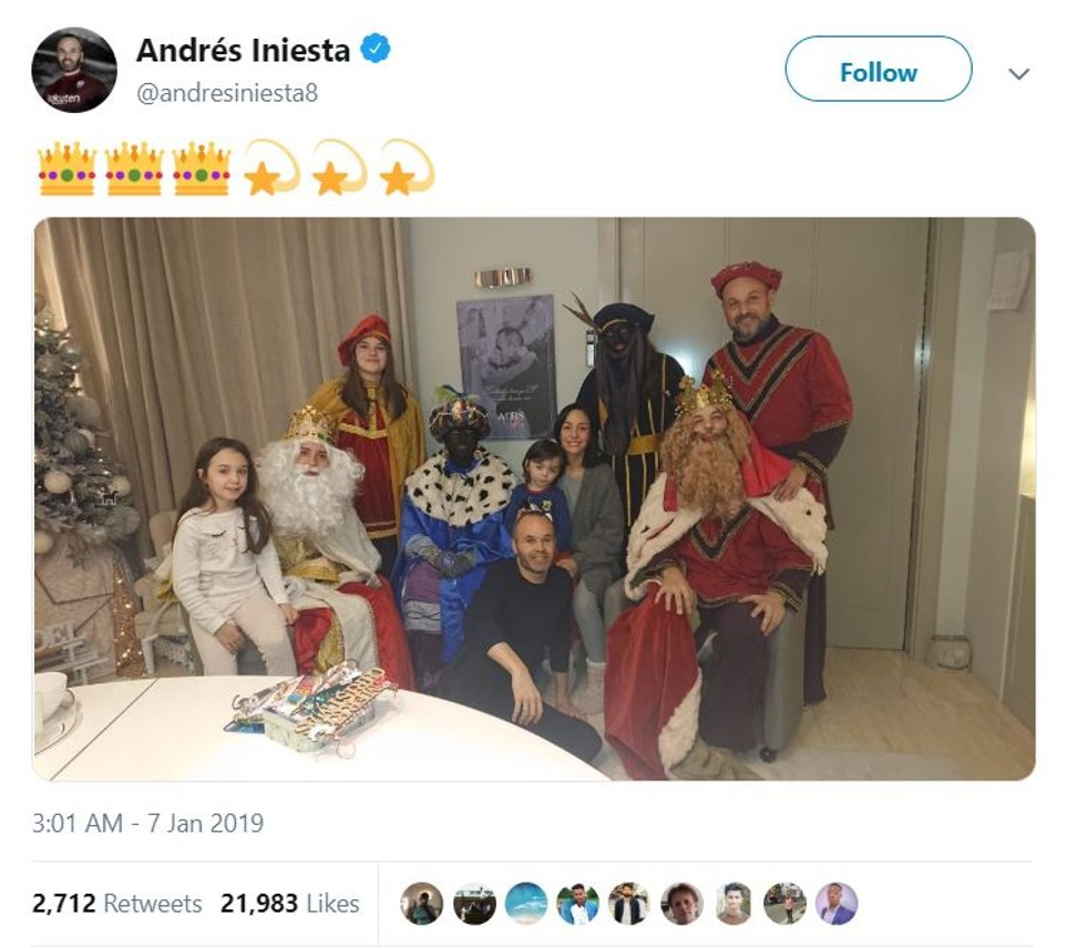 And Winner Of Coveted 2008 Toto Pulling >> Andres Iniesta Slammed For Posting Photo With People In Blackface On
