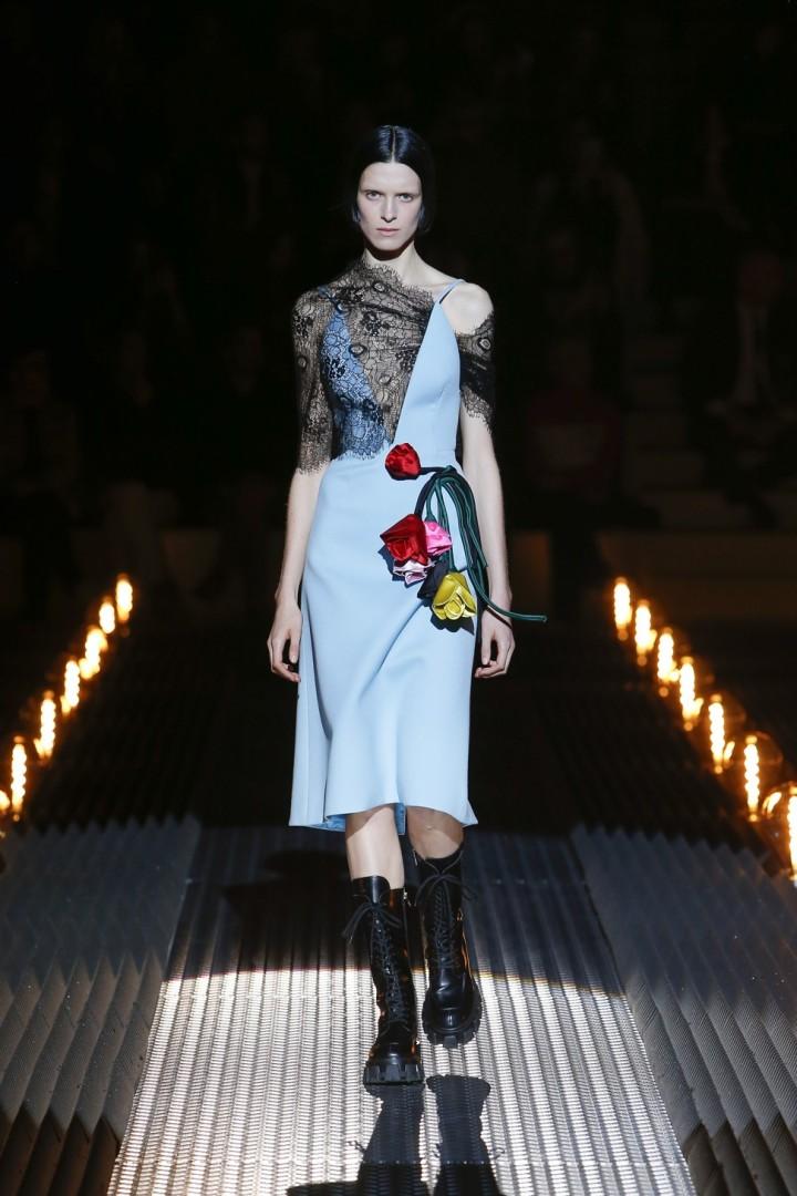 19f81f353c Fendi s touching Karl Lagerfeld tribute amid the tears at Milan Fashion  Week