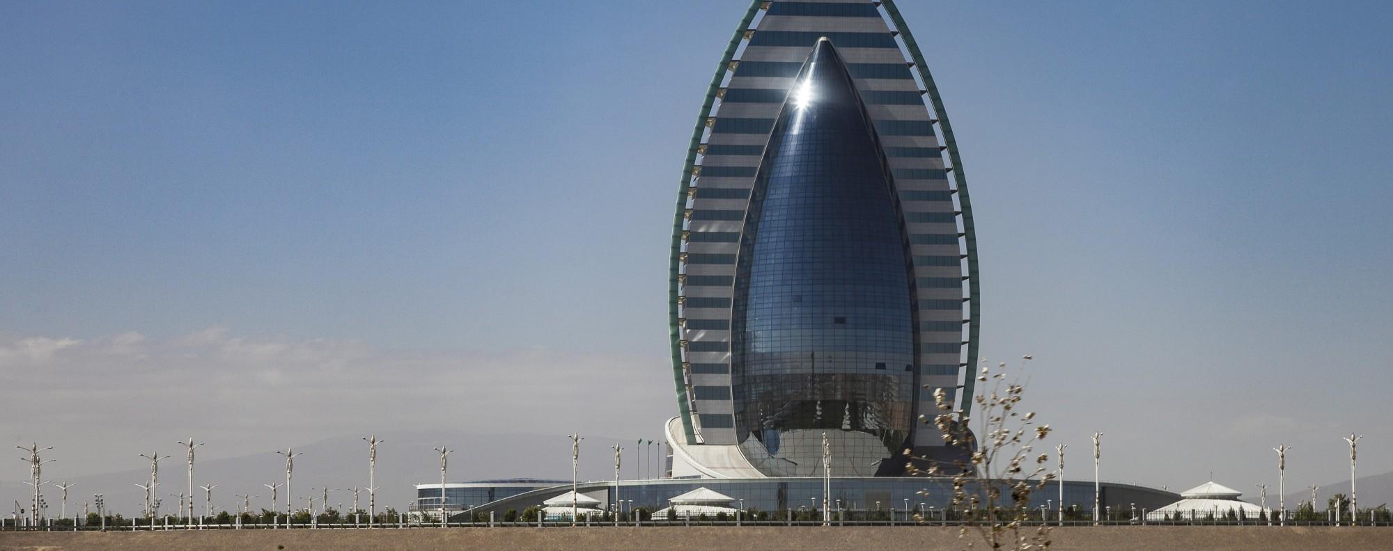 Ashgabat The Weird Wonderful And Eerily Empty Capital Of