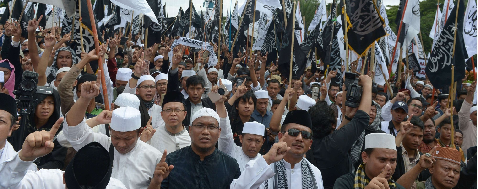 Indonesians demonstrate in support of Muslim clerics in Jakarta. Photo: AFP