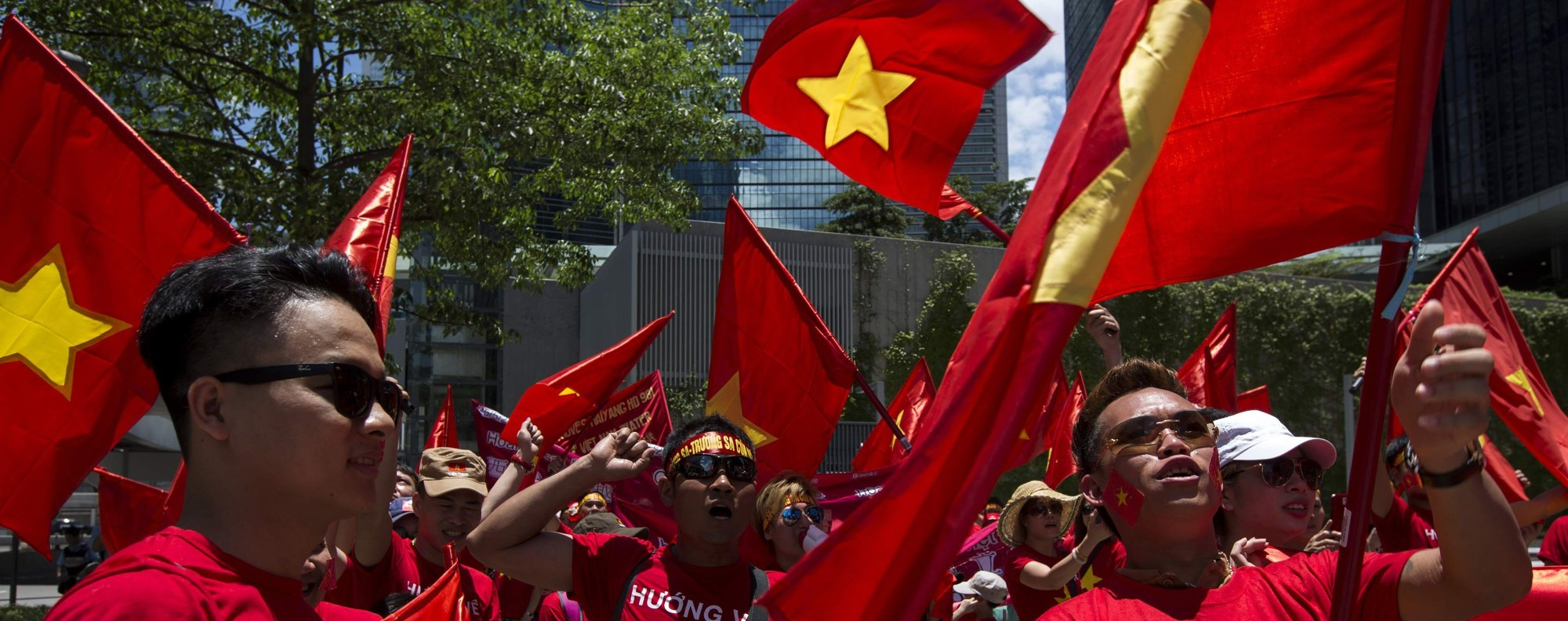 Vietnamese protest against China's territorial claims. Photo: Reuters