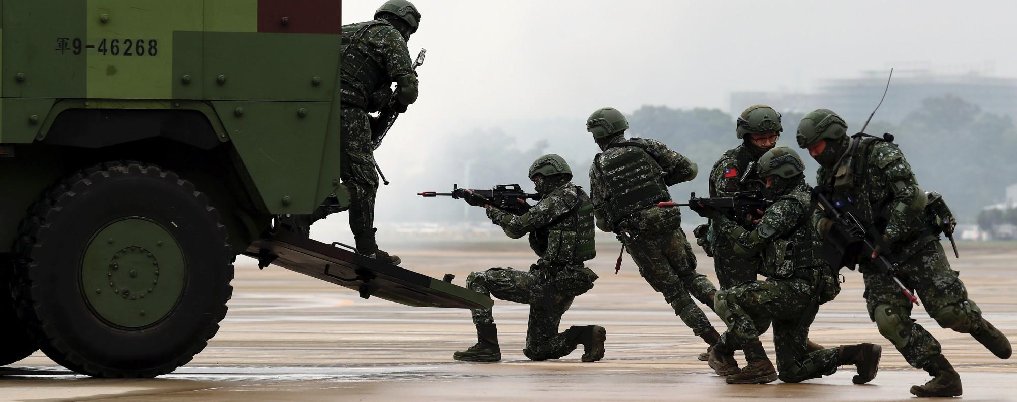 Taiwanese troops. Photo: EPA