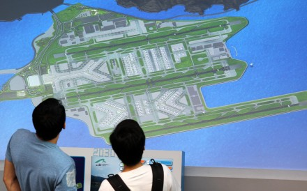 The Airport Authority says no extra costs resulting from the third runway will be directly passed on to passengers. Photo: Dickson Lee