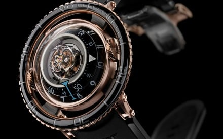 Max Büsser of MB&F, collaborated with L'Epee on the Octopod, an eight-legged mechanical timely creature, which doubles up as a kinetic sculpture. Its gimballed head features a clock reminiscent of a ship's chronometers.