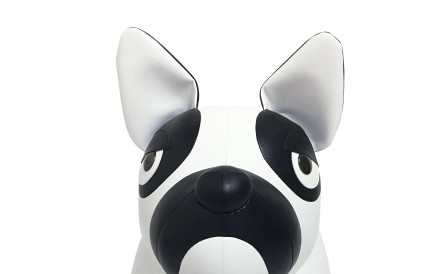 Zuny. This lovely handcrafted giant French bulldog, with a monochrome design and stubby legs, is 72cm tall and handcrafted in white and black synthetic leather, HK5,300