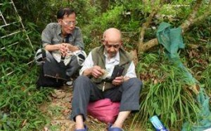 The elderly man takes a rest before he is taken to hospital. Photo: SCMP Pictures