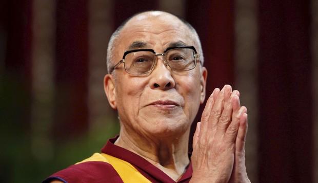 17 November dalam Sejarah: Dalai Lama ke-14 Pimpin Tibet di Usia ke-15