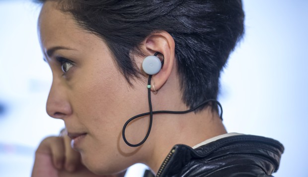 New Google earbuds offer real-time translation of conversations - including Chinese