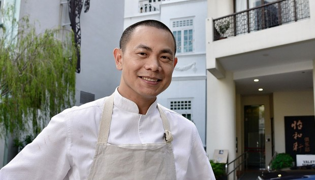 Top chef in Singapore Andre Chiang is the latest restaurateur to hand back Michelin stars