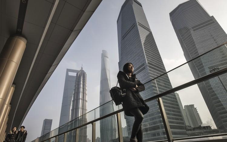 China's high-flying big-cap stocks hit as PBOC raises borrowing costs