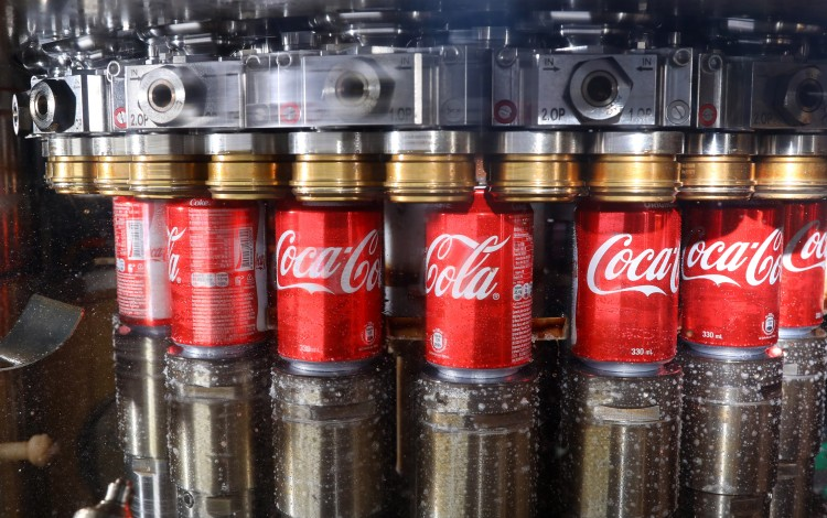To Reduce Plastic Use, Swire Coca-Cola Hong Kong To Produce More Cans And Glass Bottles Under HK$150 Million Plan