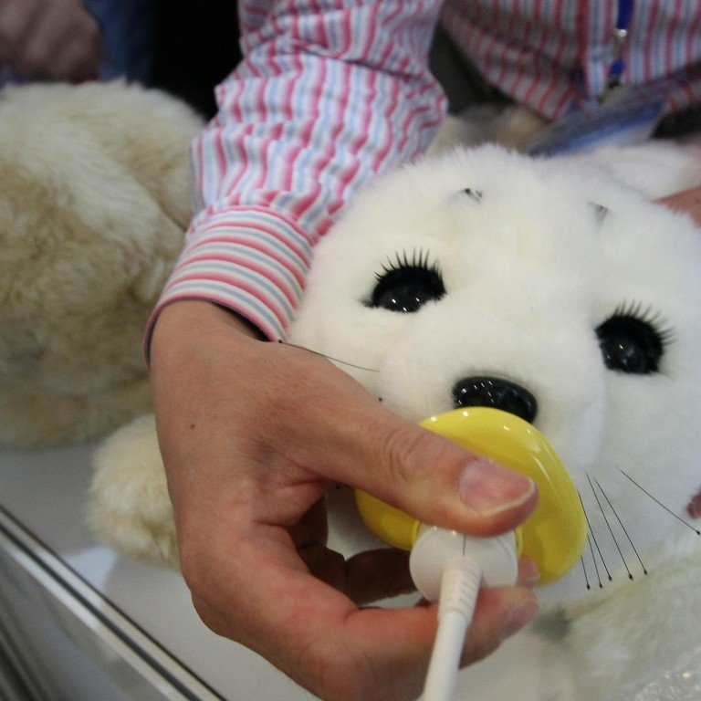 Robotic seal gets patients' approval | South China Morning Post