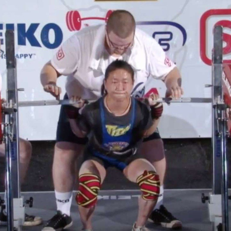 Watch this tiny Taiwanese weightlifter set world record by