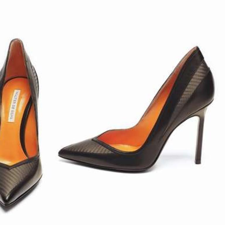 6fed875fef Lamborghini designer Walter de Silva drives into women's shoes ...
