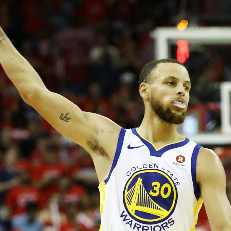 new arrival f6661 07bb3 Steph Curry celebrates after draining another three pointer. Photos  AFP
