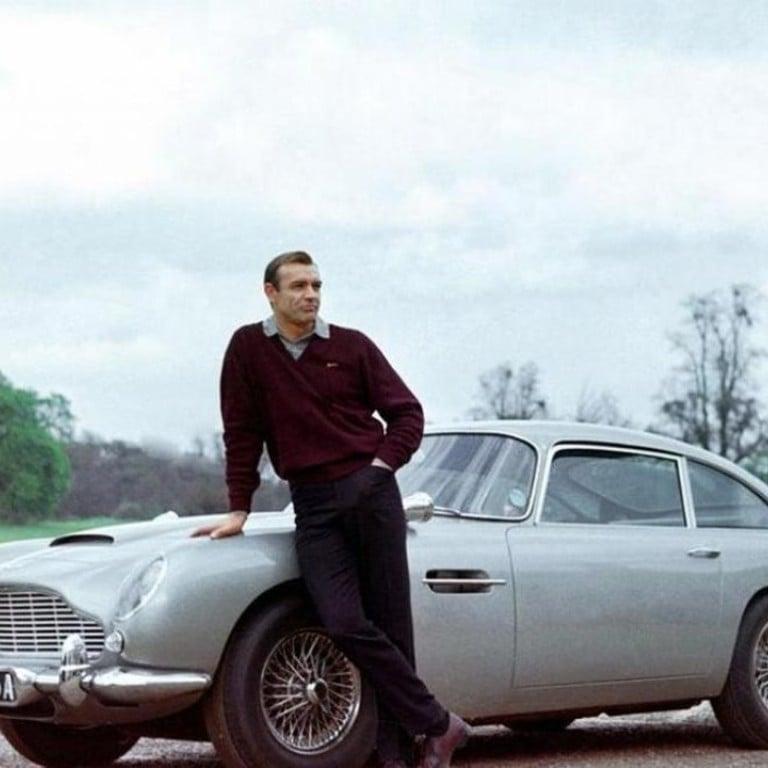 1964 James Bond 007 Aston Martin Goldfinger Photo A Cool Sean Connery By His Car Entertainment Memorabilia Movie Memorabilia