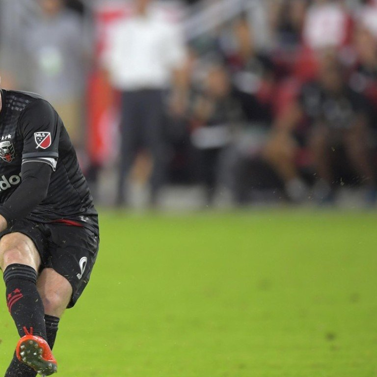 Wayne Rooney and Andres Iniesta shining at DC United and Vissel Kobe