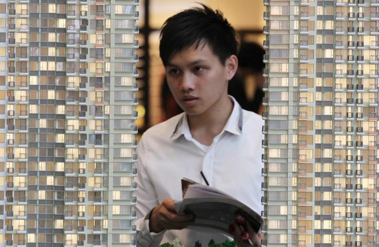 Shoebox home in Hong Kong sold for $1 million
