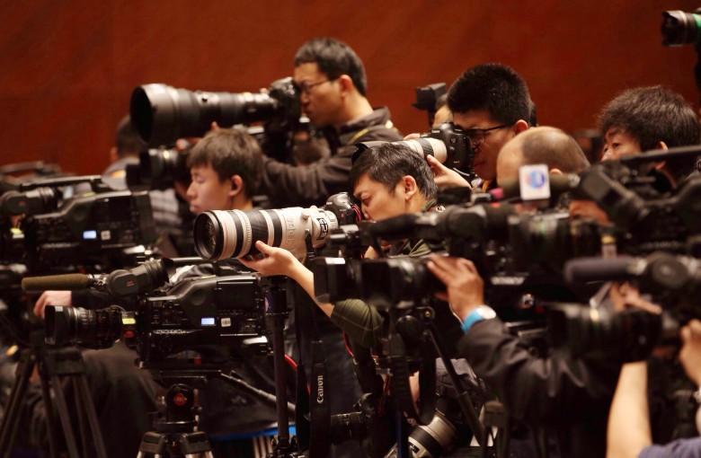 7 ways China hobbles foreign media