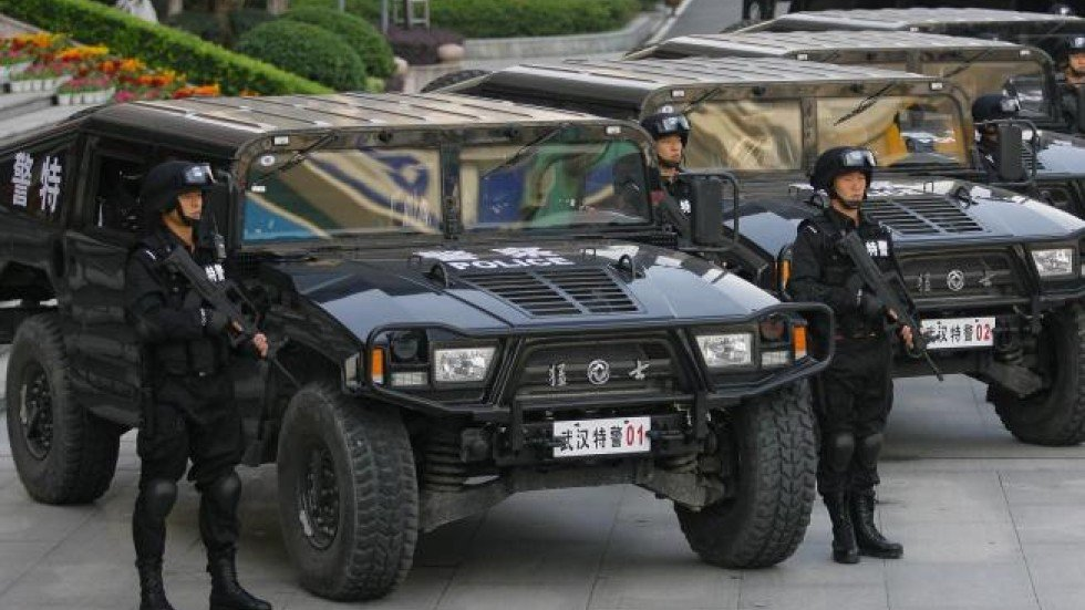 Two authors say China's Mengshi surpes the US Hummer | South ...